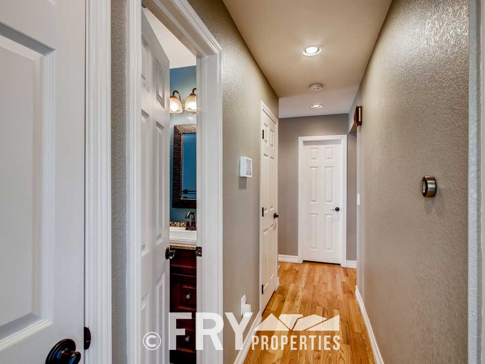 5025 Decatur St Denver CO-print-021-015-Hallway-3600x2400-300dpi