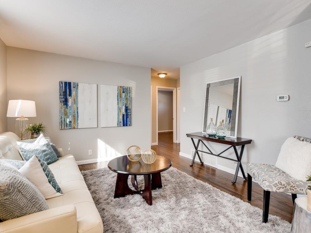 04 Living Room 1582307454072