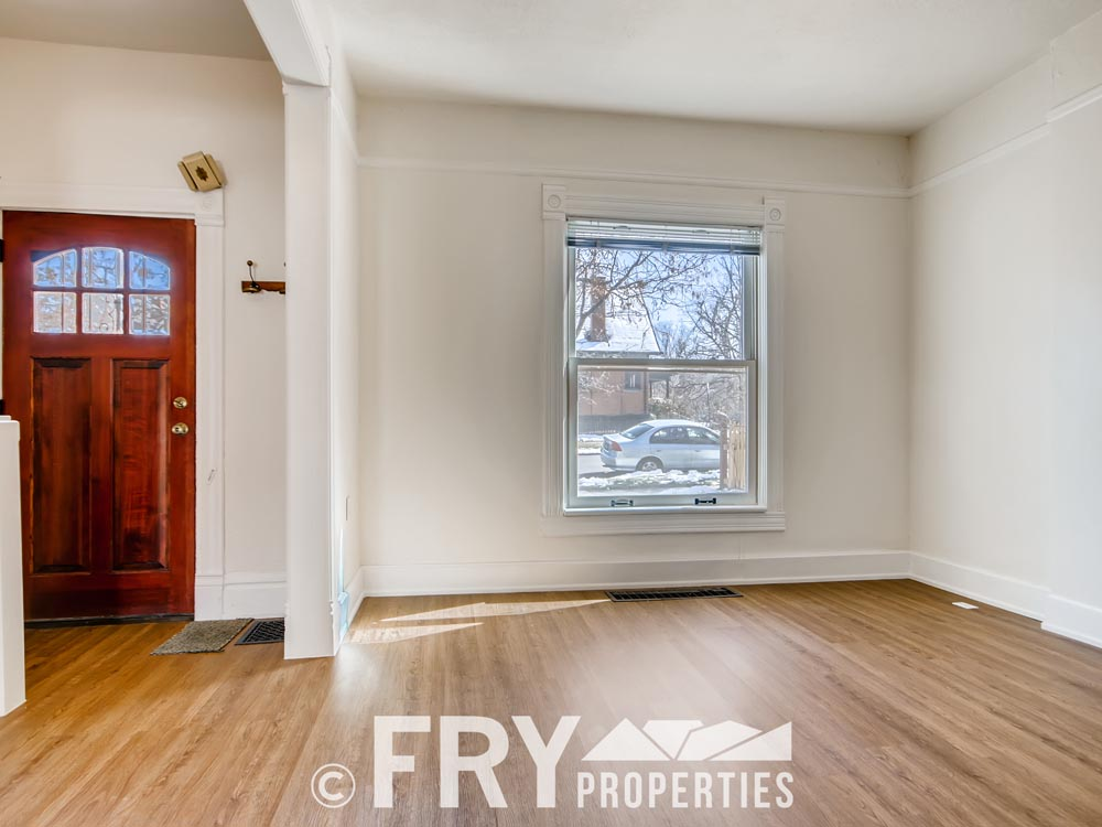 2449 W 37th Ave Denver CO-print-005-007-Living Room-3600x2400-300dpi
