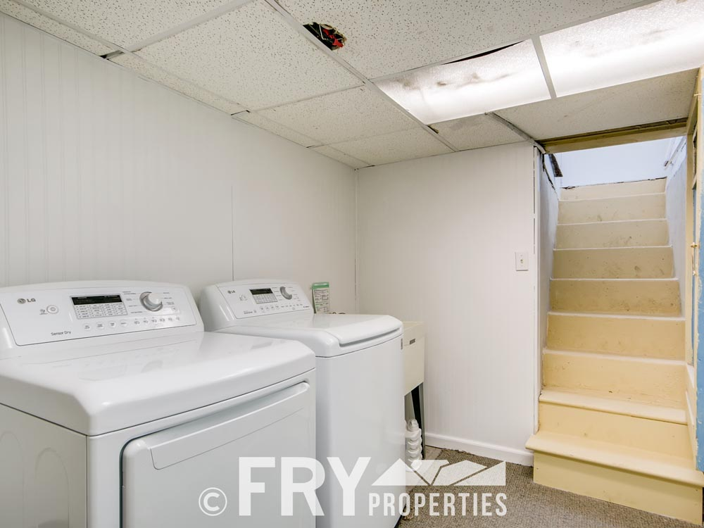 2449 W 37th Ave Denver CO-print-023-020-Lower Level Laundry Room-3600x2400-300dpi