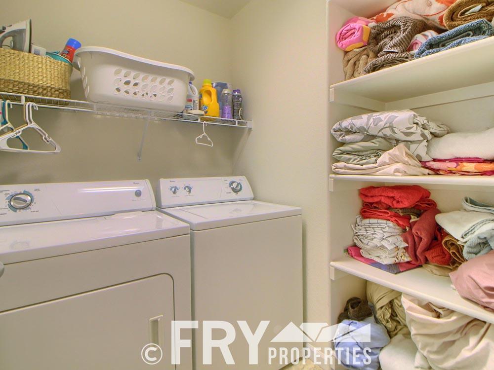 13_Laundry_Room_IMG_5885