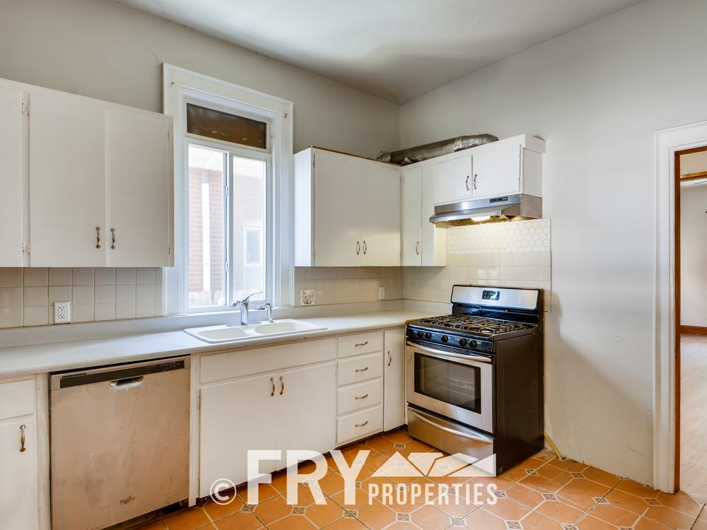 3242 Alcott St Denver CO 80211-print-013-017-Kitchen-3600x2402-300dpi