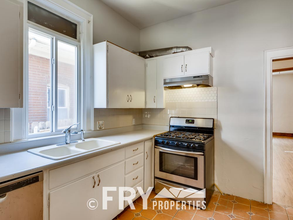 3242 Alcott St Denver CO 80211-print-014-010-Kitchen-3600x2402-300dpi