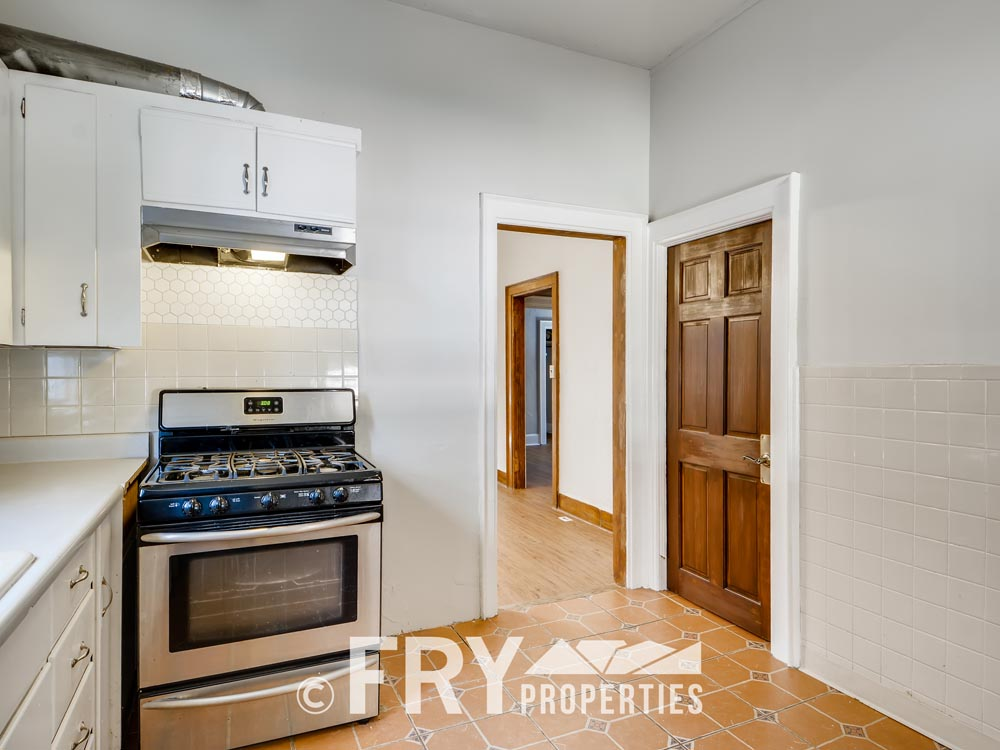 3242 Alcott St Denver CO 80211-print-015-011-Kitchen-3600x2403-300dpi