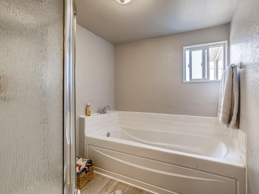 4870 Decatur St Denver CO-print-020-019-Master Bathroom-3600x2401-300dpi