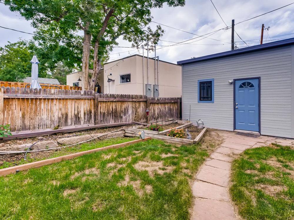 2621 W 34th Ave Denver CO - Web Quality - 026 - 57 Back Yard_1